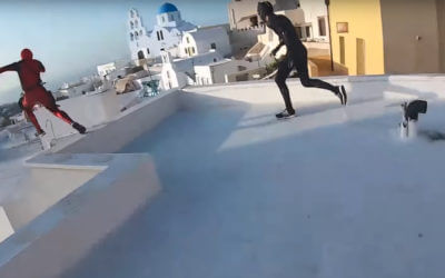 Spiderman, Black Panther et Deadpool font du parkour à Santorin